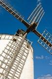 Inclinación en los molinoes de viento Fotos de archivo