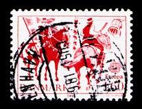 Inclinando ad un'abitudine di Shrovetide del barilotto, europa C E P T serie 1981, circa 1981 Immagini Stock Libere da Diritti