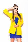 Inconformista de la muchacha de la moda en gafas de sol Foto de archivo libre de regalías