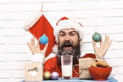 Inconformista Santa Claus Imágenes de archivo libres de regalías