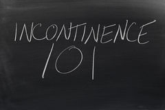 Incontinence 101 sur un tableau noir Image libre de droits