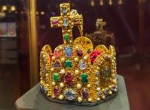 Incoroni nel palazzo di Hofburg del museo a Vienna Austria Immagini Stock Libere da Diritti