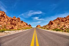 Free Incredibly Beautiful Landscape In Southern Nevada, Valley Of Fire State Park, USA Royalty Free Stock Images - 90535179
