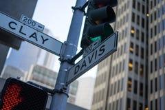 Incrocio dell'argilla e di Davis Street a San Francisco Fotografie Stock