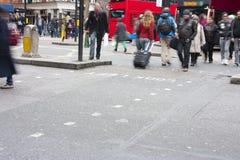 Incrocio della via del bus di Londra Immagine Stock Libera da Diritti