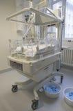 Incubadora para recién nacido Imagenes de archivo