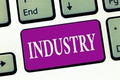 Indústria da escrita do texto da escrita Atividade de significado do conceito estada relacionada com o processamento do analysisu fotos de stock