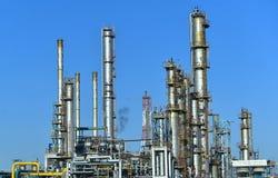 Indústria de petróleo e gás, instalação petroquímica imagens de stock