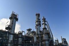 Indústria de petróleo e gás, instalação petroquímica Imagens de Stock Royalty Free