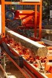 Indústria de registro - equipamento para a fatura da madeira Imagens de Stock Royalty Free