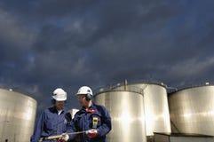 Indústria dos tanques do combustível e de petróleo Fotografia de Stock