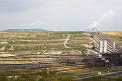 Indústria e mineração do lignite imagens de stock royalty free