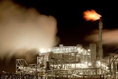 Indústria em a noite Imagem de Stock Royalty Free