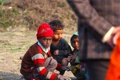 INDE DE LA VIE DE VILLAGE DE TRAVAIL DES ENFANTS Images stock