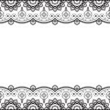 Inder, Mehndi-Hennastrauchlinie Spitzeelement mit Blumenmusterkarte für Tätowierung auf weißem Hintergrund Lizenzfreie Stockbilder