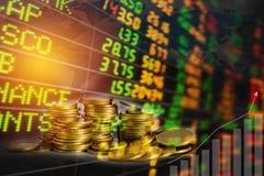 Index för materiel för dubbel exponering finansiella med buntmyntet Financi arkivbild