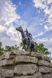 Indiër, verkenner, paard, de stad Missouri, gebouwen van Kansas Stock Afbeeldingen
