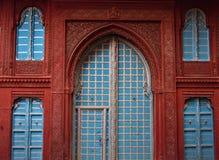 Indiańscy drzwi i okno ornamentu geometryczne tła księgi stary rocznik Domowa biel fasada obrazy royalty free
