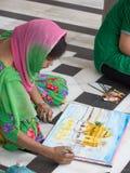 Indiańscy ucznie rysują od natury wizerunek Złota świątynia Zdjęcia Royalty Free