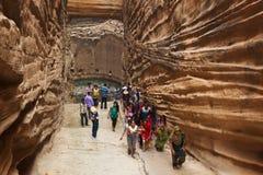 Indiańscy ucznie w ` Adi Kadi Vav ` stepwell fotografia royalty free