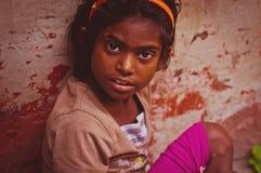 Indiańska dziewczyna na ulicznym zakończeniu up Obrazy Royalty Free