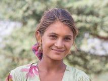 Indiańska dziewczyna przy uczęszczam roczny Pushkar wielbłąd Mela Obrazy Royalty Free