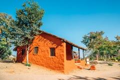 Indiańska ludowa wioska Shilpgram, tradycyjny dom w Udaipur, India obraz stock