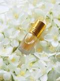 Indiański Attar olej Naturalny ziołowy pachnidło w mini butelce obraz royalty free