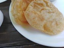 India?ski chleb na talerzu, Goa zdjęcia royalty free