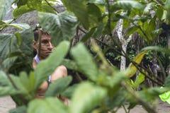 Indiański mężczyzna Colorados plemię w Santo Domingo (Los Tsà ¡ chila) Zdjęcie Royalty Free