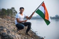 Indiański mężczyzna i hindus flaga zdjęcie royalty free