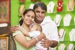 Indiański rodzinny kobieta mężczyzna i dziecko chłopiec obrazy royalty free