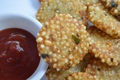 Indiański tradycyjny smażący karmowy Sabudana vada, Sago Cutlet odgórny widok/ Zdjęcia Royalty Free