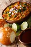 Indiański uliczny jedzenia Pav bhaji warzyw zakończenie w pucharze Vert Obraz Stock