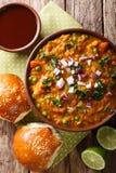 Indiański uliczny jedzenia Pav bhaji warzyw zakończenie w pucharze Vert zdjęcie royalty free
