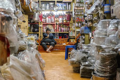 Indiański wlaściciel sklepu Fotografia Royalty Free