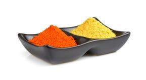 Indiańskie pikantność, chili proszek w pucharze fotografia royalty free