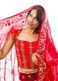 Indiańskiej młodej kobiety przyglądający up i główkowanie Zdjęcie Royalty Free