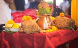 Indiańskiej małżeństwo tradyci hinduscy bangles obrazy stock