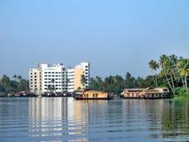 India Floresta tropical da palmeira em destinos das marés do KE Foto de Stock