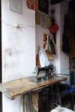 India krawczyna zasilająca Szwalna maszyna Zdjęcia Royalty Free