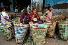 india marknadskvinnor Fotografering för Bildbyråer