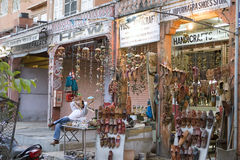 India, Rajasthan, Jaipur, Marzec 02, 2013: Indiański tradycyjny sho Zdjęcia Royalty Free
