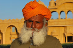 India, Rajasthan, Thar desert: Colourful turban