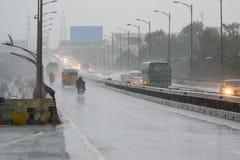 Indiańska droga - flyover w Karnataka podczas deszczu Fotografia Stock