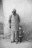 Indiański dziadunio i wnuk Fotografia Royalty Free