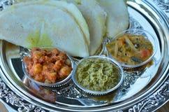 Indiański jedzenie, Masala Dosa z Sambar i Channa Masala, Obrazy Stock