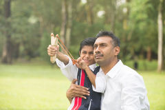 Indiański ojciec i syn Zdjęcia Royalty Free