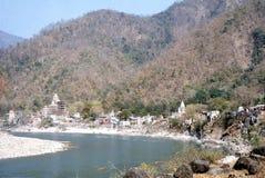 1977 India Tempels langs riverbanks van Ganges Stock Afbeelding
