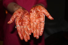 INDIAN BRIDE. MEHANDI INDAIN MARRIAGE RITUALS TRADITION CULTURE VIVAH SHADI Royalty Free Stock Photos